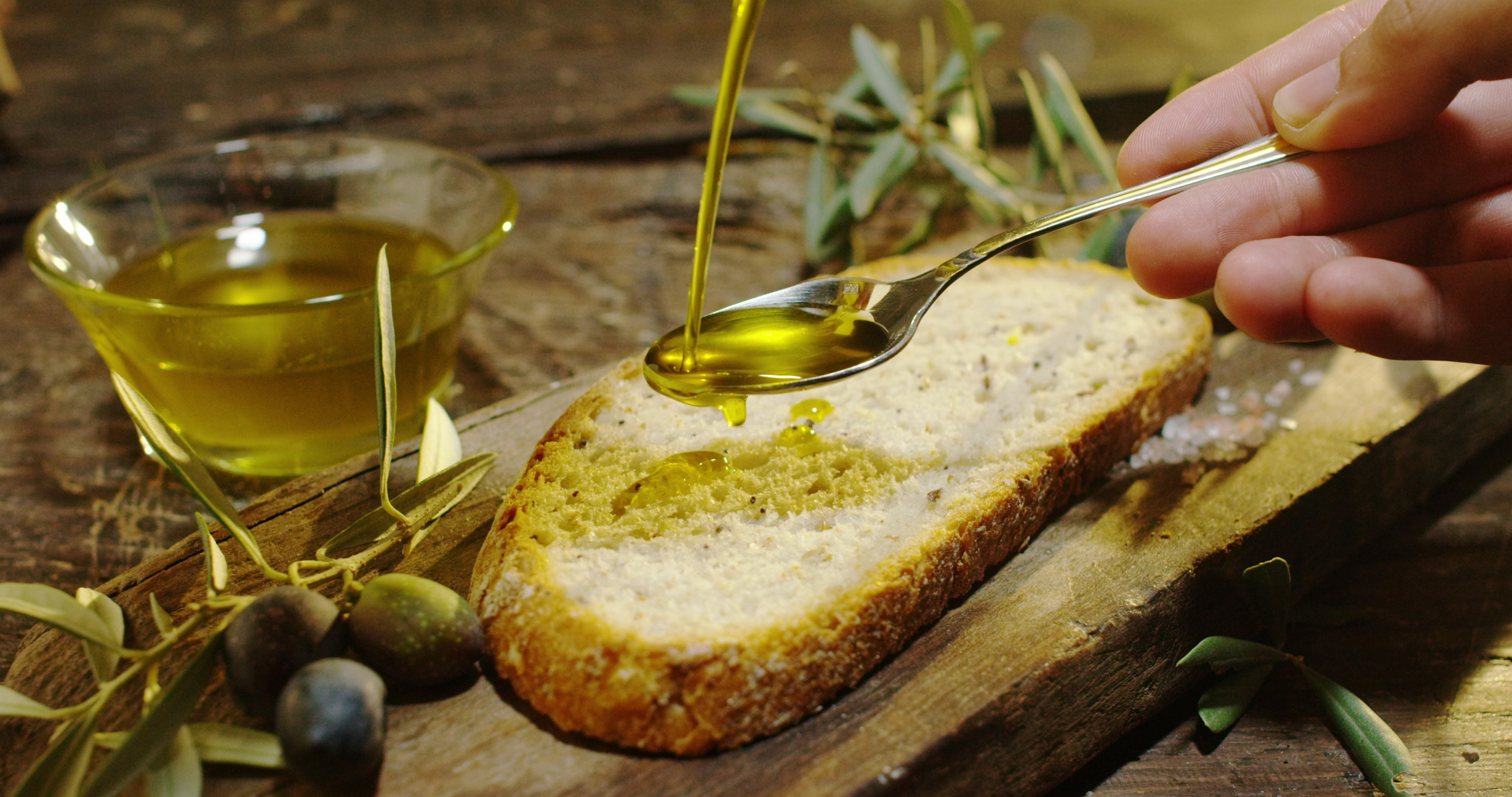 Organic EVO (extra virgin olive) oil, a Tignalese excellence